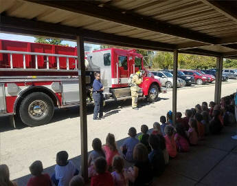 Jones Fire Department School Field Trip